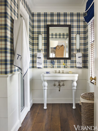 Plaid Wallpaper for the Bathroom