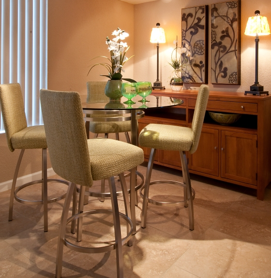 Dining  Room designed by Erin Hoehn | La-Z-Boy Furniture Galleries of Arizona